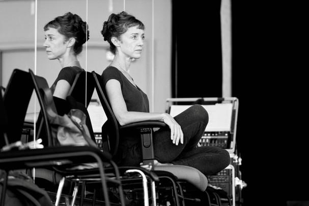 Cathy rehearsing Les Grands Ballet Canadiens - Image by Sasha Onyshchenko